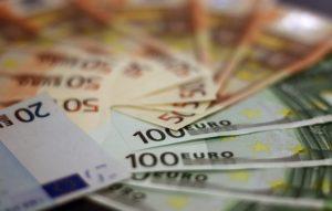 money-1033647_640
